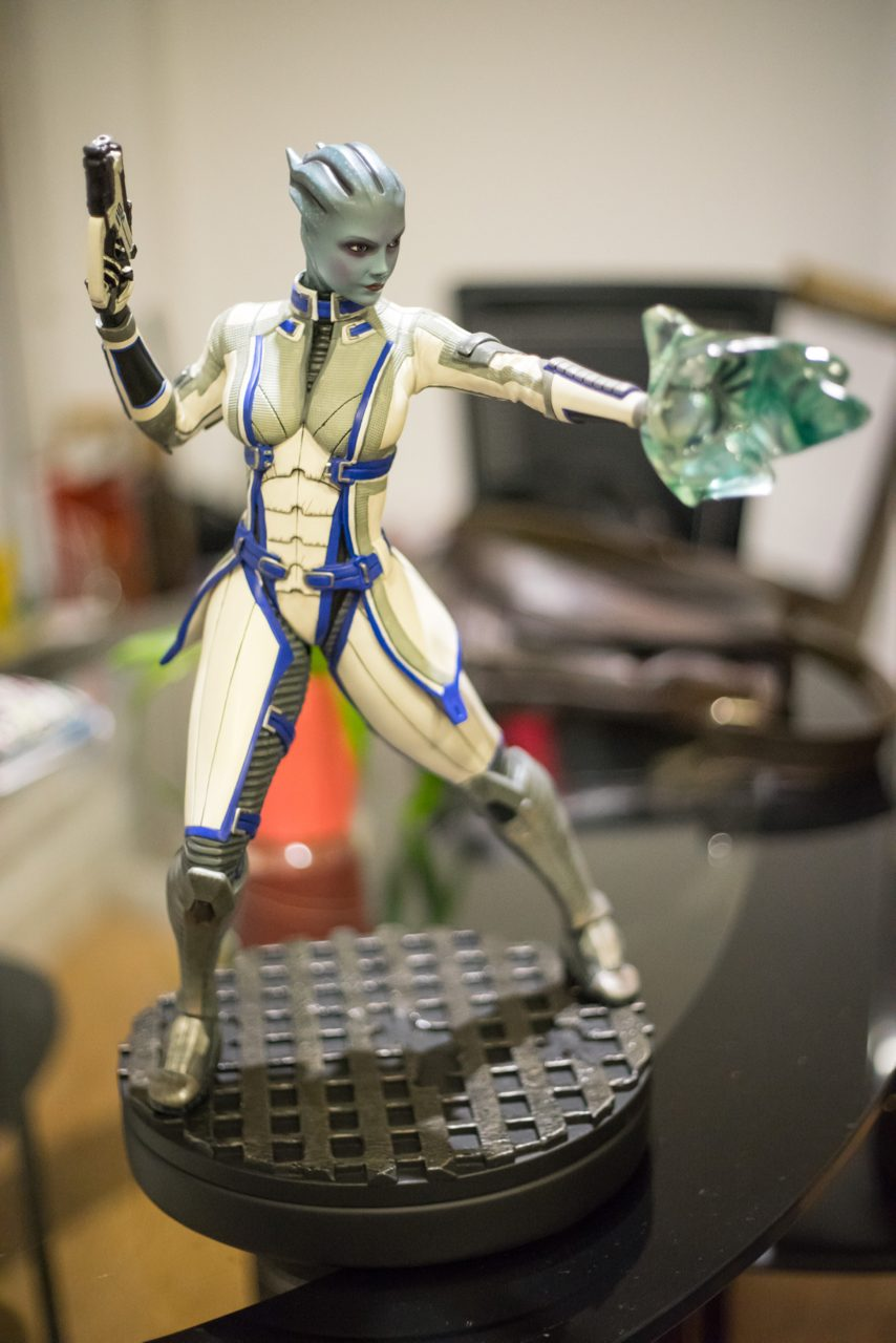Liara has arrived to join Garrus :) .. now waiting for Tali.