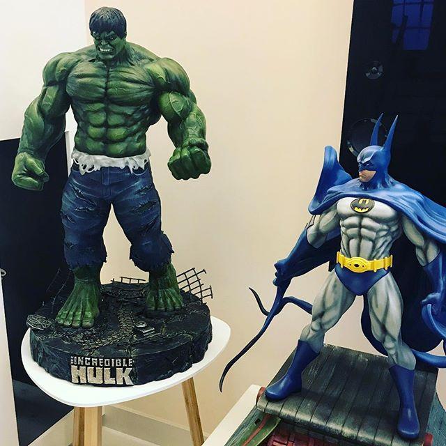 Hulk smash tiny 🦇